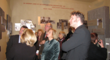 """Exhibition opening """"DEMOCRACY - NOW OR NEVER"""" on January 20, 2010 at the memorial site Lindenstraße 54/55, photo: Marion Schlöttke."""