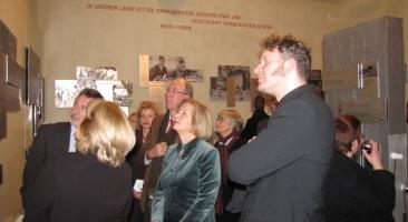 """20. Januar 2010: Eröffnung des Ausstellungsmoduls """"Demokratie - Jetzt oder nie"""" in der Dauerausstellung in der Gedenkstätte Lindenstraße in Potsdam, Foto: Marion Schlöttke"""