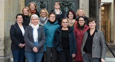 Gruppenfoto vom Vernetzungstreffen der Leibniz-Gleichstellungsbeauftragten im DBM