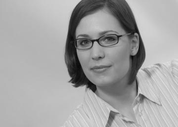 """Eszter Kiss verteidigte am 5. Februar 2018 ihre Dissertation mit """"summa cum laude"""".an der Humboldt-Universität zu Berlin."""