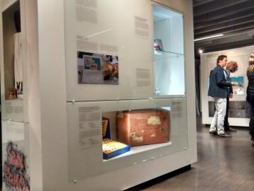 Das ZZF Potsdam hat DDR-Alltagsobjekte im neuen geisteswissenschaftlichen Kubus in der Wissenschaftsetage im Bildungsforum Potsdam ausgestellt, Foto: Andreas Ludwig