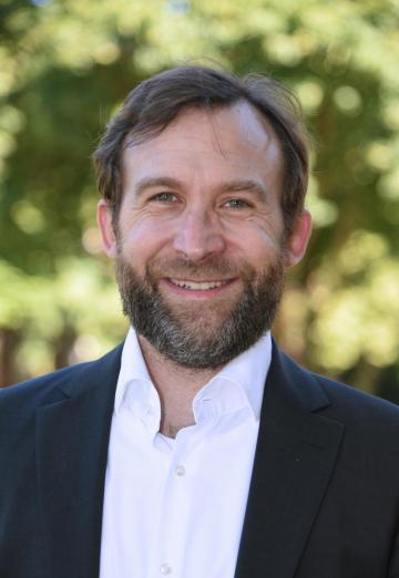 """Der Autor des Buches, Priv.-Doz. Dr. Christopher Neumaier, forscht seit 2012 als wissenschaftlicher Mitarbeiter am ZZF in der Abteilung """"Geschichte des Wirtschaftens""""."""