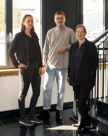 Die Projektgruppe: Kathrin Zöller (links), Clemens Villinger (Mitte) und PD Dr. Kerstin Brückweh (rechts), Foto:  Clara Bahlsen