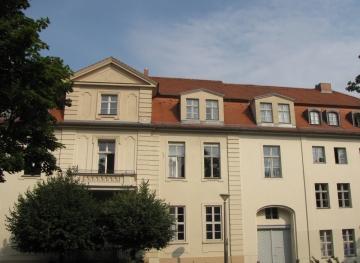 """Von 1993-2001 Sitz des ZZF in Potsdam: In einem renovierten Bürgerhaus """"Am Kanal 4/4a"""", Foto: Sven Hilbrandt"""