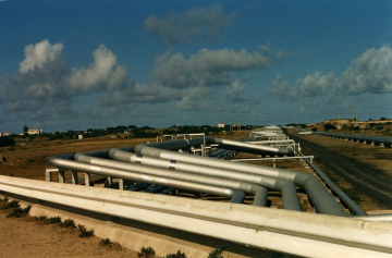 Pipeline in der Nähe von Sines, in Portugal, Foto: Traroth, Quelle: wikimedia commons, Lizenz: CC BY-SA 3.0