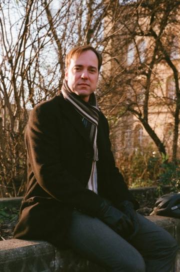 Hanno Hochmuth referiert über die Berliner Kieze Friedrichshain und Kreuzberg, Foto: Fabian Zapatka