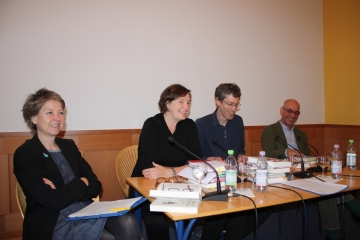 Das Historische Quartett freut sich auf zahlreiche BesucherInnen am 30.November 2017: Anke te Heesen, Annette Schuhmann, Jan-Holger Kirsch und Martin Bauer. - Foto: HHH/ZZF